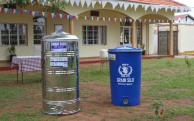 Nieuwe graansilo's voor betere opslag (Uganda)