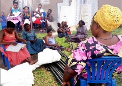 Oeganda (77) – Tenten en stoelen voor de verhuur – geadopteerd door KVG Hoorn