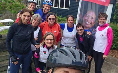 Volg de fietsgroep op hun reis door Rwanda