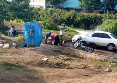 Kenia (22) – Autowas- en spuiterij – geadopteerd door Vivium Zorggroep