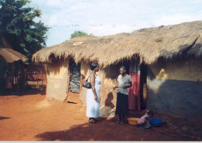 Kenia (30) – Hairdressing salon – sponsoren gezocht voor 3.023 euro