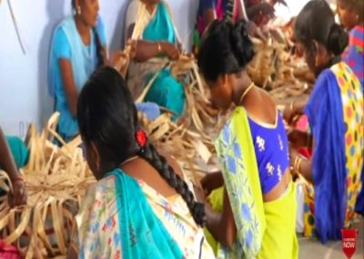 India (52) – Tassen van bananenvezel – sponsoren gezocht voor 3.900 euro