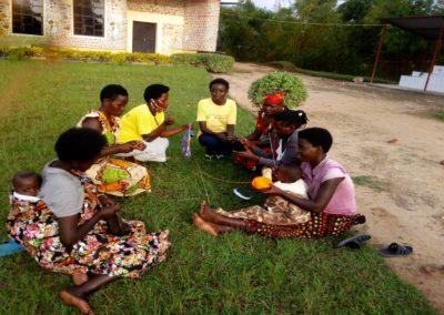 Rwanda (11) – Naai- en breischool voor alleenstaande moeders- sponsoren gezocht voor 3.445 euro