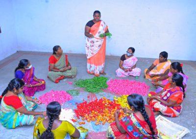 India (52) – Ondernemers in bloemsierkunst – sponsoren gezocht voor 3.500 euro