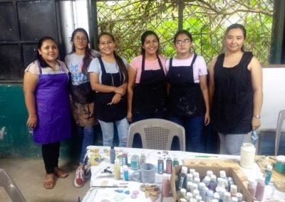 El Salvador (22) – Sieraden van keramiek – sponsoren gezocht voor 2.795 euro